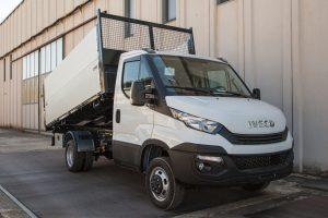 Ribaltabile trilaterale Iveco Daily sponde H600 e sovrasponde H600